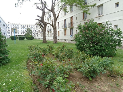 DRANCY -Carrefour Appartement .F3.Cave .Parking