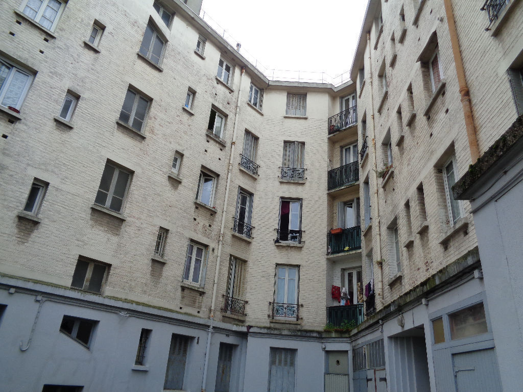 appartement-f2-de-36-m2-balconnet-cave-parking-libre
