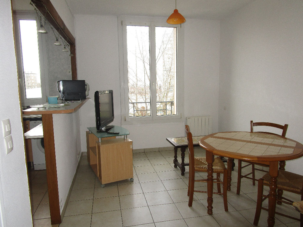 drancy-4-routes-appartement-f2-32-m2-cave