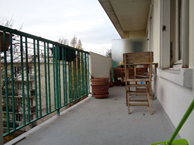 Appartement F4.69 M2.Terrasse.Parking.Cave