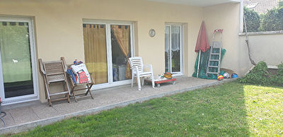 Appartement F4.3 chbs.Terrasse.Jardins.2 parkings